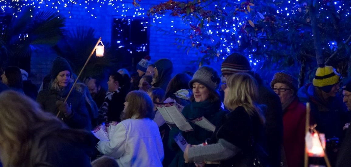Carol singing in Fromus Square